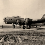301° BG - B-17G preparing at Lucera for another mission